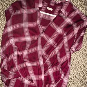 Hollister flannel top - small